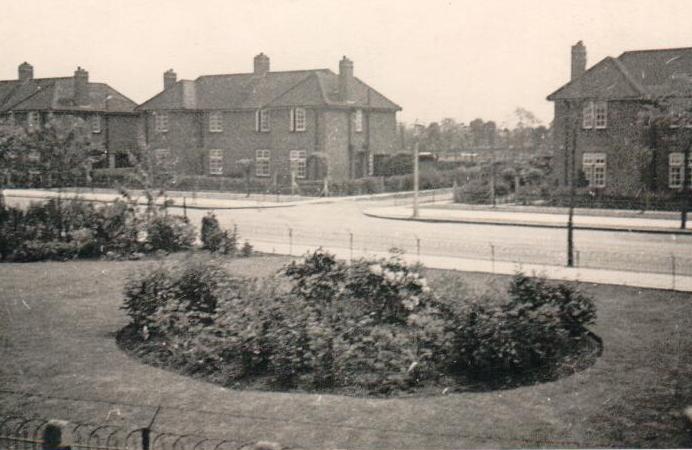 Noel Road, Acton
