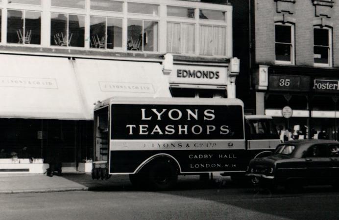 Lyons tea shop in Ealing