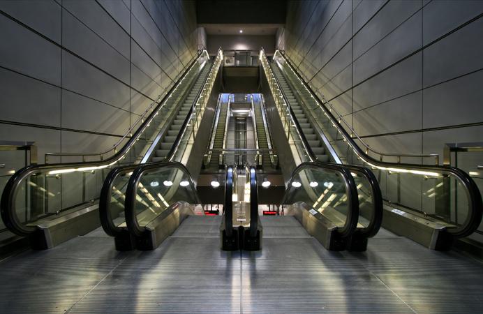Copenhagen Metro escalators by Arria Belli (via WikiCommons)