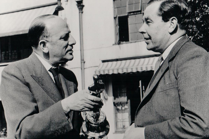 Balcon in 1952 presents an Oscar to screenplay writer Mr T.E.B Clarke for the best film story of that year, The Lavender Hill Mob