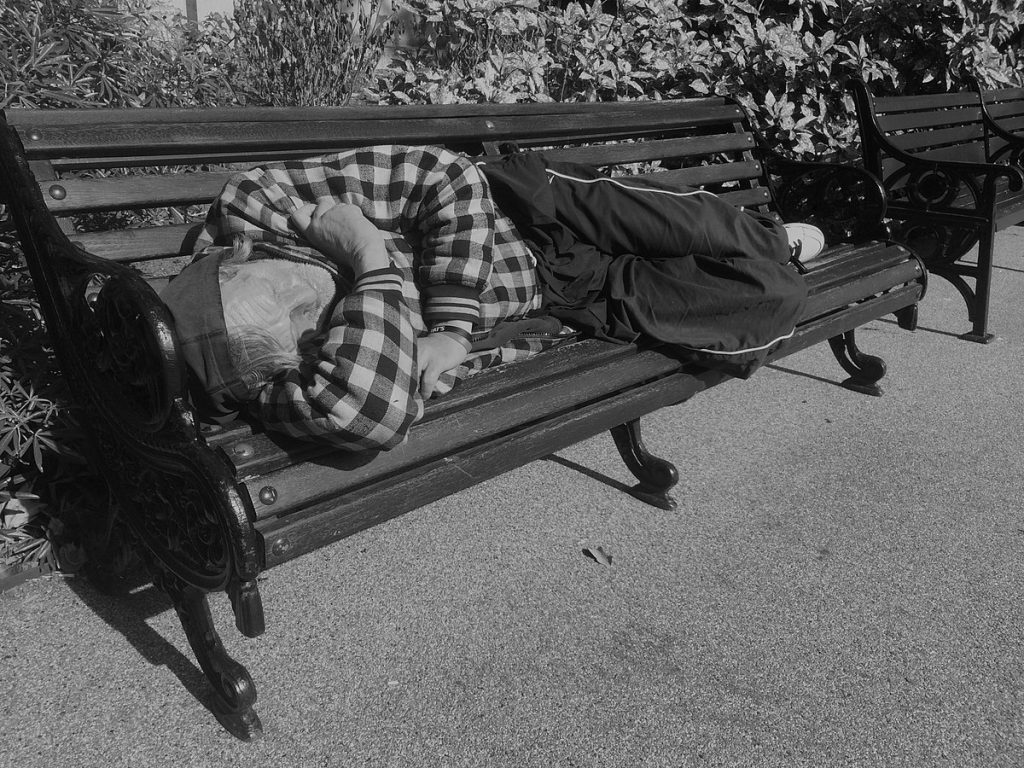 London homeless man By Allan warren - Own work, CC BY-SA 3.0, https://commons.wikimedia.org/w/index.php?curid=45233195