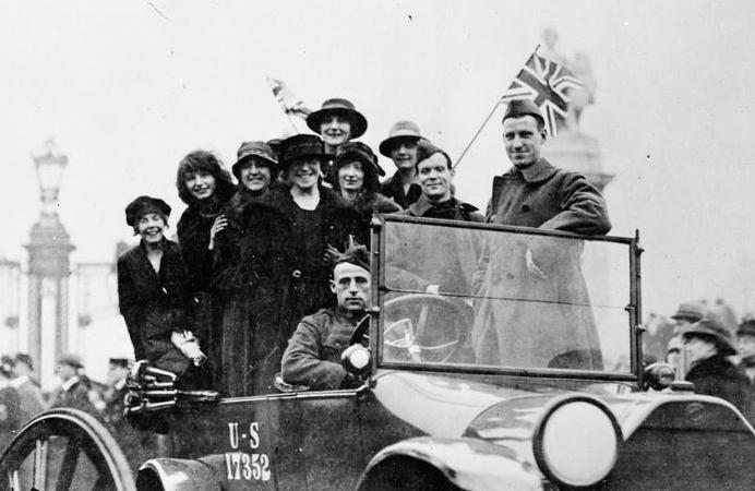 Armistice Day celebrations in London, 11 November 1918