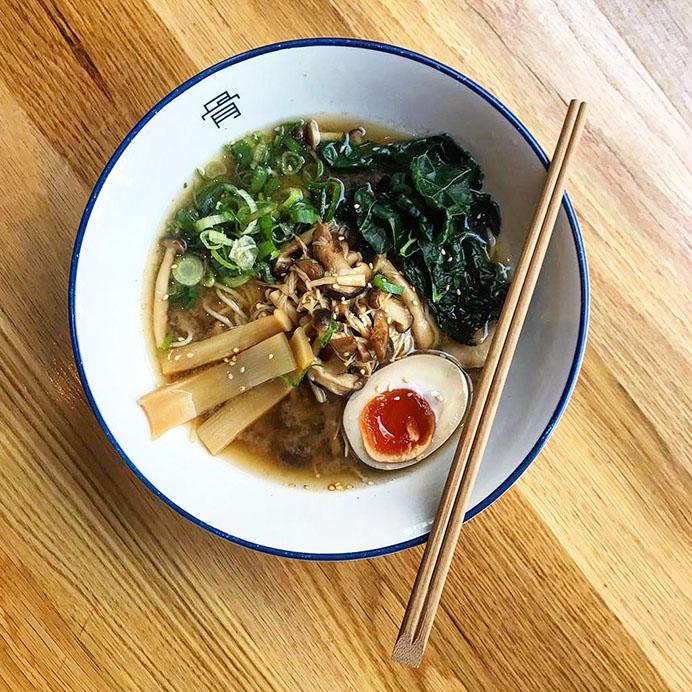 Tonkotsu restaurant competition