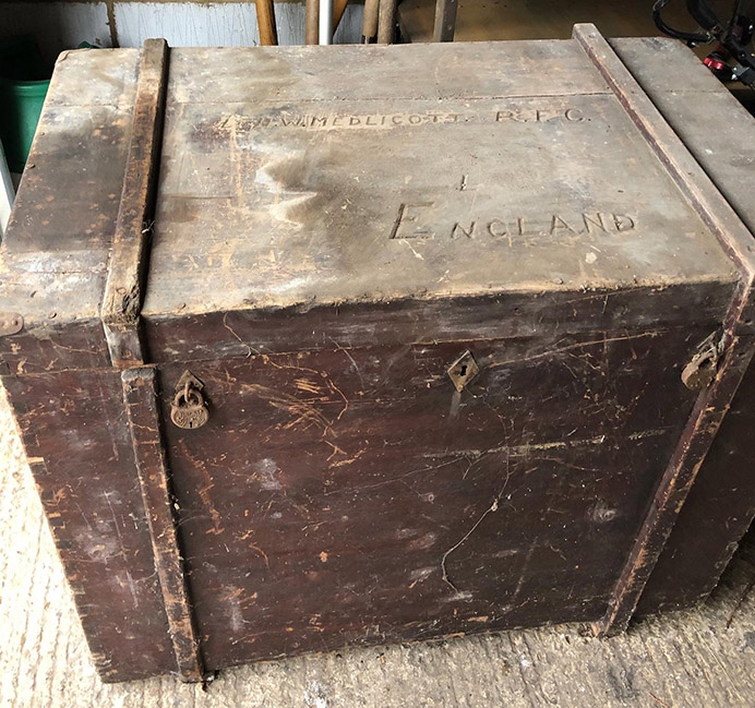 Tracing Medlicott's trunk