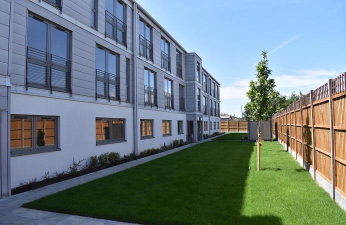 Sixteen new modular flats in Hanwell