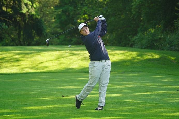 Saskia Owen, golfer